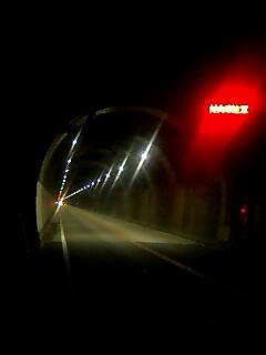 真夜中のトンネル Midnight tunnel