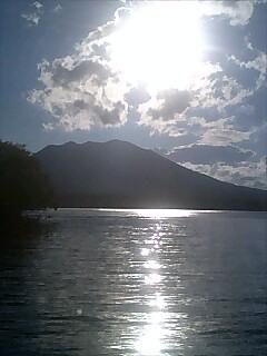 阿寒湖に来てます。 We are now at Akan Lake