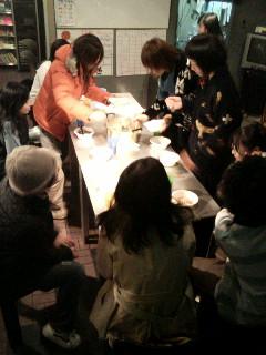 北海道の旅を締めくくる講演会 Speaking engagement to wrap up our journey in Hokkaido