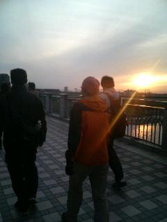 いざ鎌倉ウォーク、神奈川県に入りました。
