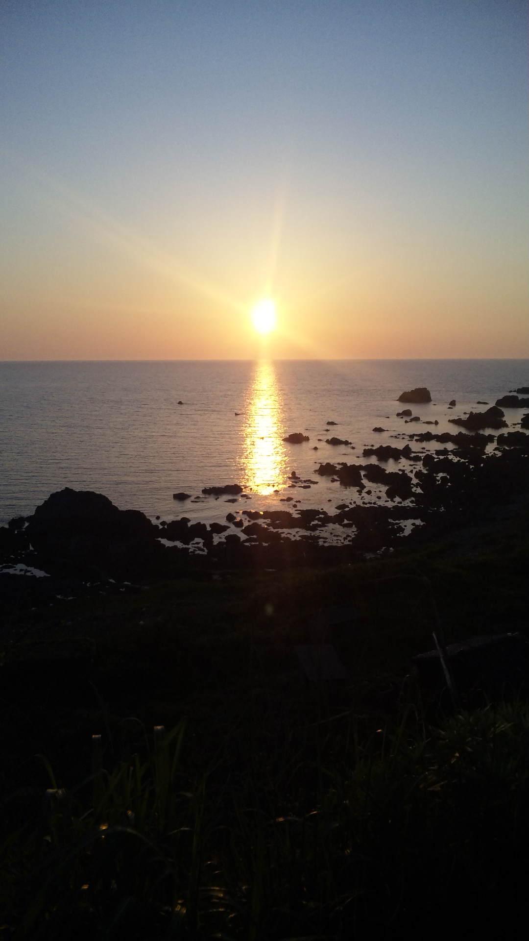 佐渡島の夕日