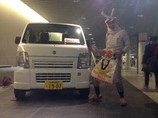 札幌地下歩行空間で手作り電気自動車展示中!